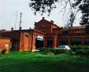 सांसद ने उठाई मांग, 32 बीघे में फैले सौ साल पुराने अस्पताल का अधिग्रहण कर बने आधुनिक अस्पताल