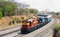 15 से दौड़ेंगी लाइफ लाइन ट्रेनें, ई-बुकिग चालू