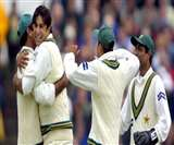शेन वॉर्न ने चुनी अपनी फेवरेट पाकिस्तान टेस्ट इलेवन, इमरान और मियांदाद को नहीं किया शामिल