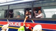 विधायक जलालपुर का घर घेरने पहुंचे आप नेता, पुलिस ने रास्ते से उठाया, ले गई भुनरहेड़ी थाने