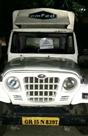 ओमफेड की गाड़ी से लाखों का गुटखा जब्त