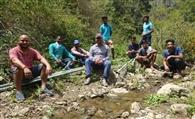 युवाओं के संकल्प ने पहुंचाया गांव में पानी