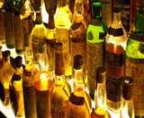 आठ लाख की ब्रांडेड शराब ले उड़े चोर, पहरा दे रहे सुरक्षाकर्मियों को भनक भी नहीं लगी Dhanbad News