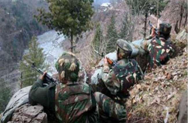 Jammu And Kashmir : LOC पर जारी गोलाबारी का भारतीय सेना ने दिया करारा जवाब, पाक की छह चौकियां तबाह, दो सैनिक ढेर
