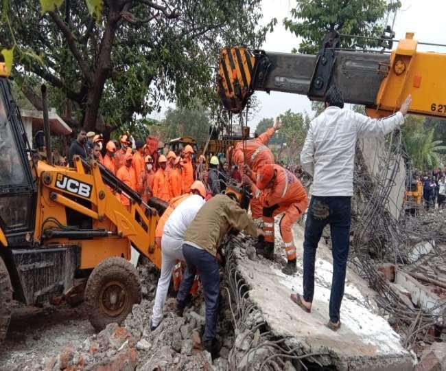 Roof Collapsed at a Crematorium in Muradnagar, Gaziabad Uttar Pradesh Know More
