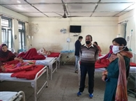 विधायक कमलेश कुमारी ने जाना आंत्रशोथ मरीजों का हाल