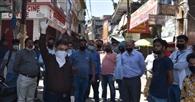 वाहन रोकने पर पुलिस और व्यापारी आमने-सामने