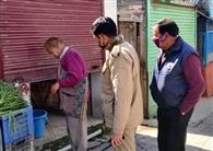 लॉकडाउन के दौरान दुकान खोलकर बाल काट रहा नाई गिरफ्तार