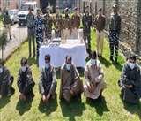 Kashmir: उत्तरी कश्मीर में 4 आतंकवादियों सहित 5 OGW गिरफ्तार, हथियार-गोलाबारूद भी बरामद