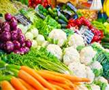 uttarakhand lockdown day 10 : ग्राहकों की जमाखोरी से मंडी में सडऩे लगी सब्जी, लग रही लाखों की चपत