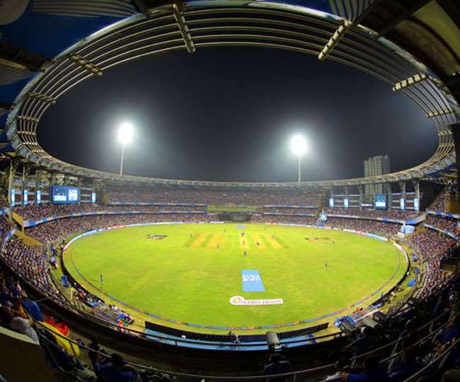 आइपीएल 2021 का दूसरा मैच मुंबई के वानखेड़े स्टेडियम में खेला जाएगा।