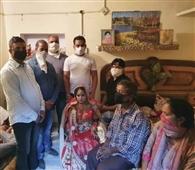 गरीब परिवार की बेटी शादी के लिए दी आर्थिक सहायता