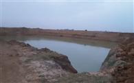 राजपुर में पोखर निर्माण कार्य पर ग्रामीणों ने लगा दी रोक