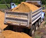 अवैध खनन में जेसीबी समेत चार वाहन सीज, यातायात उल्लंघन पर 50 वाहनों का चालान