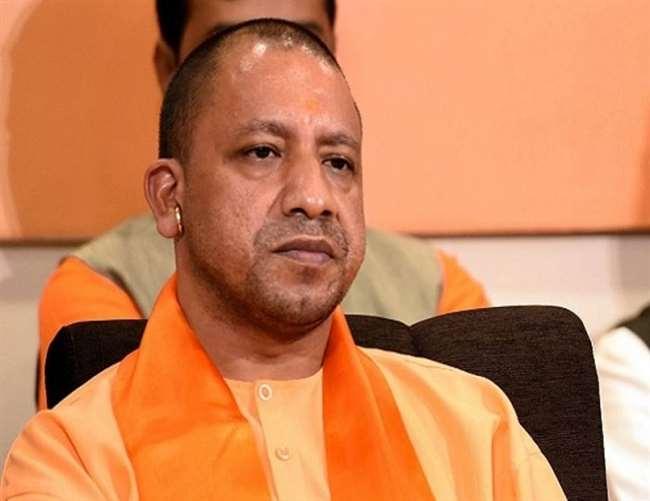 LIVE Kanpur News Today: CM योगी बेहद सख्त, कहा- शीर्ष अधिकारियों की टीम विकास दुबे को धराशाई करने तक कानपुर में ही रहे