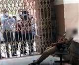 बंगाल: पुलिस कांस्टेबल ने सर्विस राइफल से खुद को गोली मारी, राइटर्स बिल्डिंग पर था अकेले तैनात
