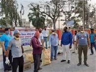 भारत विकास परिषद ने मजदूरों के बीच किया राशन सामग्री का वितरण