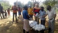 आरएसएस ने दामपाड़ा क्षेत्र में बांटी खाद्य सामग्री