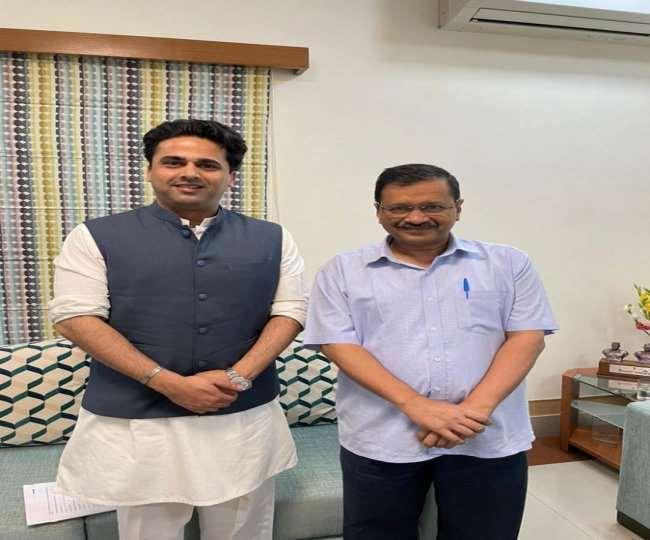 दिवंगत कांग्रेस नेता अहमद पटेल के बेटे फैसल पटेल