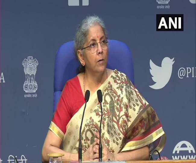 वित्त मंत्री निर्मला सीतारमण ने दुनिया के देशों से कोरोना टीकों की तकनीक साझा करने का आग्रह किया