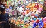 Lockdown 5.0 : चौक और घंटाघर के बाजार में लौटने लगी है रौनक Prayagraj News