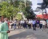 विभिन्न मुद्दों को लेकर नरमू से जुड़े रेलवे कर्मचारियों ने मनाया विरोध दिवस