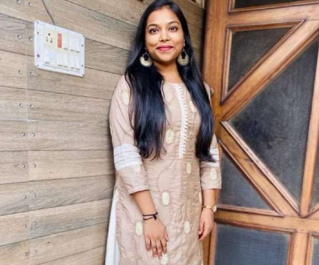 हिमाचल की 22 वर्षीहिमाचल की 22 वर्षीय मुस्कान जिंदल बनी आइएएस अधिकारी,देशभर में पाया 87वां रैंकय मुस्कान जिंदल बनी आइएएस अधिकारी, पहले प्रयास में देशभर में पाया 87वां रैंक
