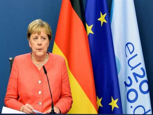 एंजेला मर्केल ने चीन को यूरोप में बीजिंग को सीमित व्यापार करने पर चेतावनी दी है।