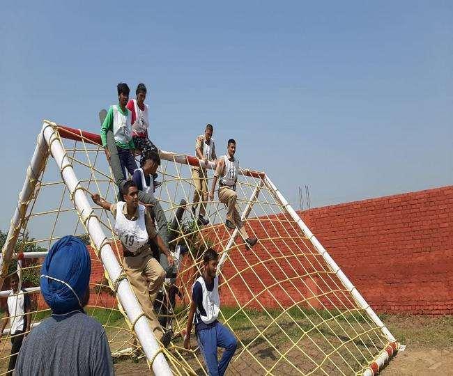 जीरकपुर में में एसएसबी शॉयर शॉट नाम से एकेडमी खोली गई है।