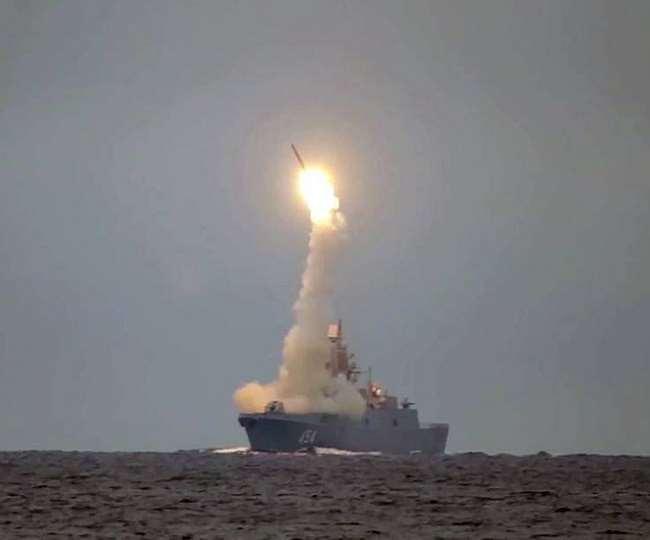 रूस ने पहली बार पनडुब्बी से प्रक्षेपित हाइपरसोनिक त्सिरकोन मिसाइल का परीक्षण किया