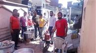 रोज 500 मजदूरों के पेट की ज्वाला शांत कर रही मां बगलामुखी रसोई