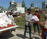 Uttarakhand Lockdown: मदद को आगे आ रही हैं सामाजिक संस्थाएं, प्रशासन की मदद से भर रही भूखों का पेट