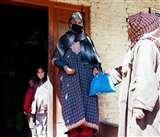 कोरोना से कराह रहे कश्मीर को संघ का सहारा
