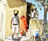 Jammu Kashmir : दरिया में कूद रही महिला को पुलिस ने बचाया