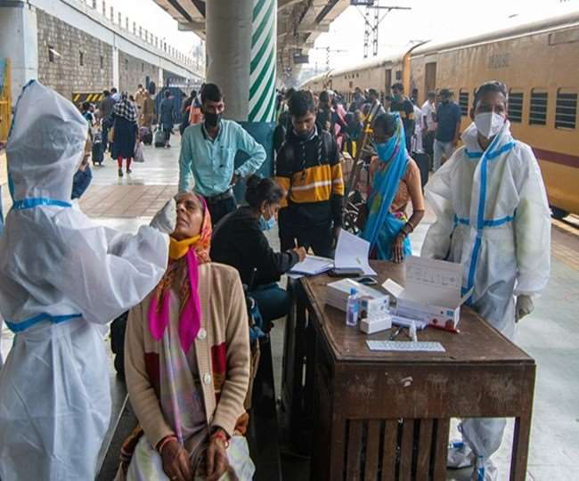 उत्तर प्रदेश में कोरोना वायरस का संक्रमण काफी तेजी से बढ़ रहा है।