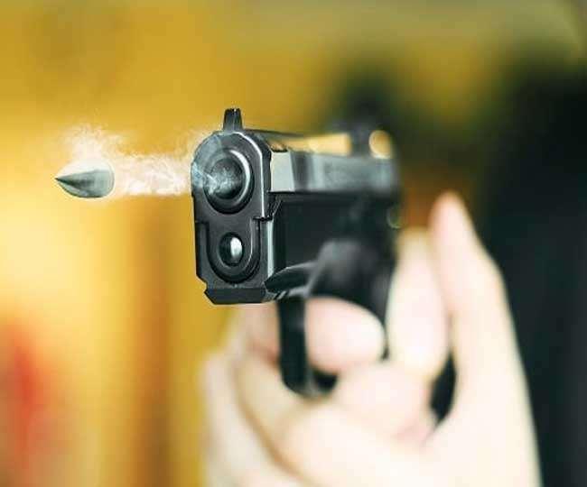 असम में पुलिस एनकाउंटर पर सियासत।(फोटो: दैनिक जागरण)