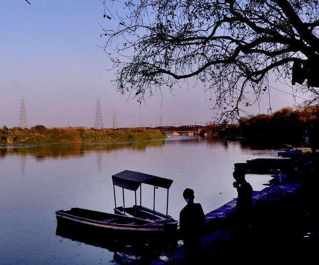 Tourism In Yamuna River: सरकारी अनदेखी से रुकी यमुना नदी में पर्यटन की राह