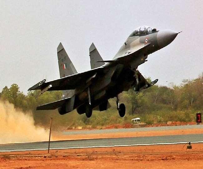 राष्ट्रीय राजमार्ग पर उतर सकेंगे वायुसेना के लड़ाकू विमान