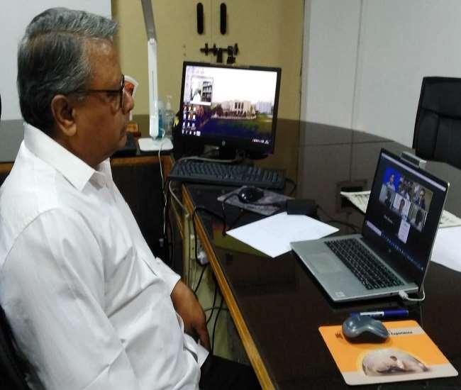 इण्डिया डाइडैक्टिक एसोशिएशन द्वारा आयोजित ऑनलाइन संगोष्ठी में शामिल मंगलायतन विश्वविद्यालय के कुलपति प्रोफेसर केवीएसएम कृष्णा।