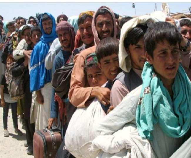 भुखमरी की हालत में पहुंचे अफगानिस्तान में बच्चे।(फोटो: दैनिक जागरण)