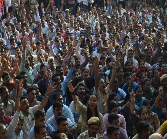 Delhi Police Protest LIVE: प्रदर्शनकारियों के समर्थन में उतरा रिटायर्ड पुलिस वेलफेयर एसोसिएशन