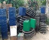 सरकारी बर्बादी: स्वच्छता का नाम, 45 लाख के हाथ ठेलों का काम तमाम Agra News