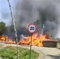कुढ़नी में दस व मनियारी में आधा दर्जन घर जले, लाखों की संपत्ति नष्ट