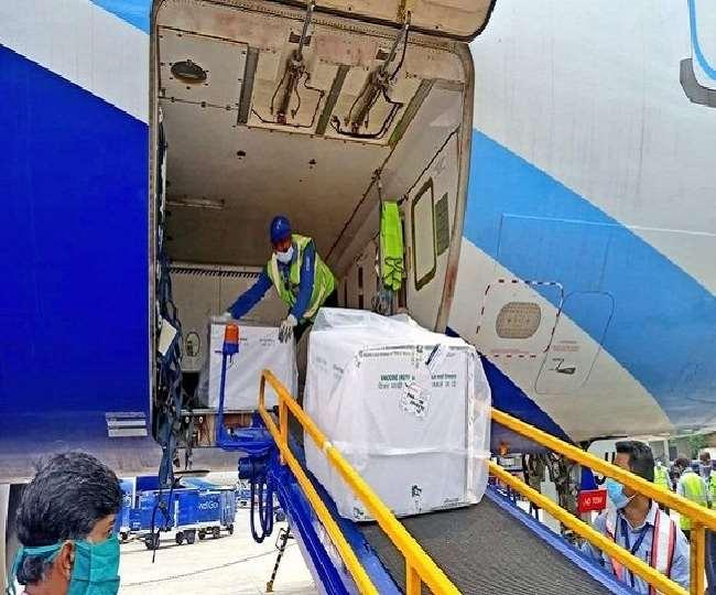 कोरोना महामारी की तीसरी लहर के बीच एएआइ एयरपोर्ट्स निभा रहे अहम भूमिका