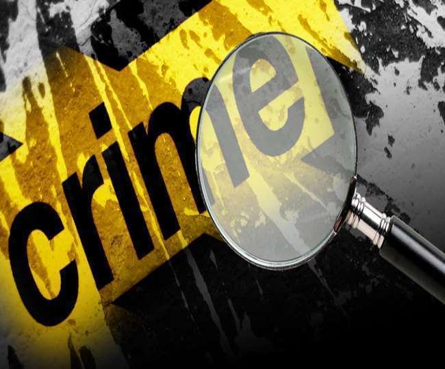 ऑक्सीजन सिलेंडर मुहैया कराने के नाम पर करते थे ठगी, युवती सहित तीन गिरफ्तार