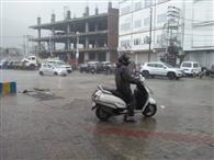 बारिश से तापमान में आई गिरावट, गर्मी से मिली राहत