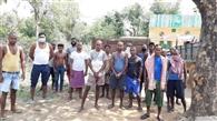 युवक को पकड़ने गई गोविंदपुर पुलिस जान बचाकर भागी