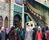 कश्मीर में शिया समुदाय के धर्मस्थल पर पेट्रोल बम से हमला, एक महीने में तीसरा हमला