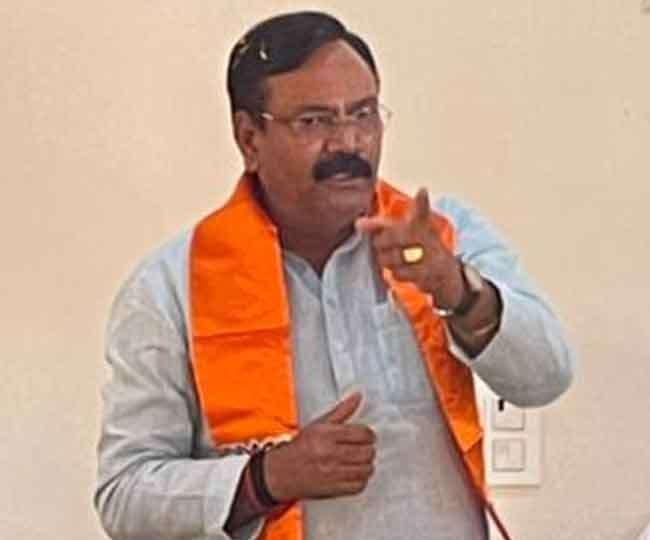 भाजपा सांसद राजकुमार चाहर हरियाणा में ।