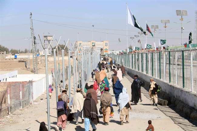 तालिबान ने अफ़ग़ानिस्तान और पाकिस्तान के अहम सीमा को किया बंद, कहा- इस्लामाबाद अफगानियों के लिए वीज को करें बंद